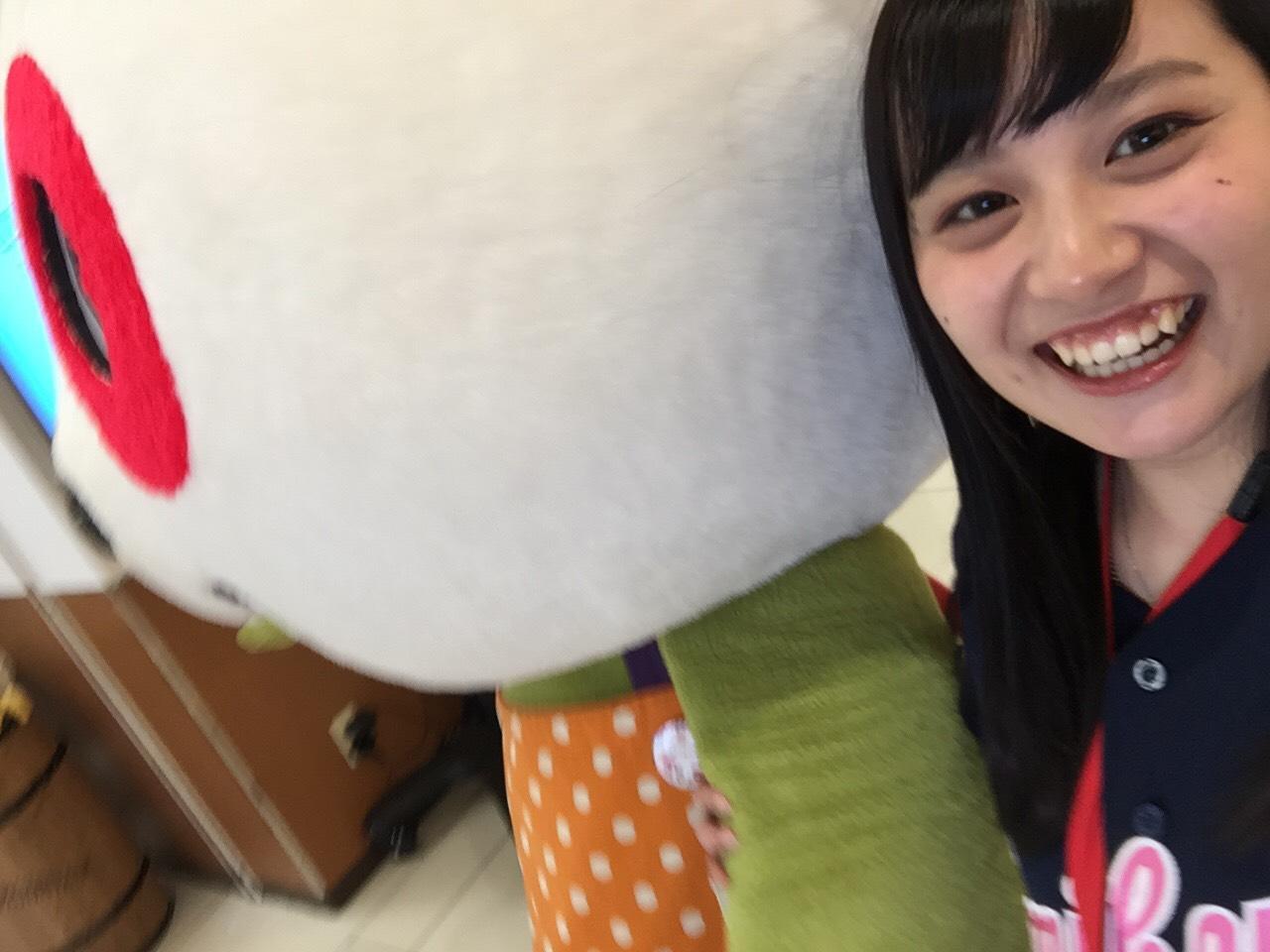https://emifull.jp/emifulls_blog/11th/uploads/0330-2.jpg